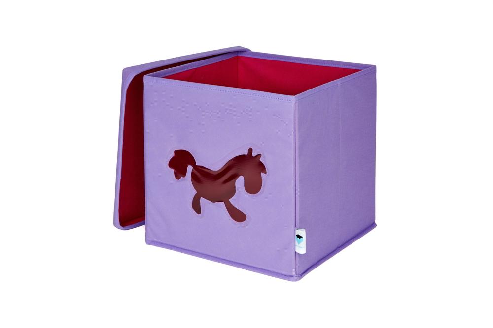 Spielzeugkiste Fenster Pferd