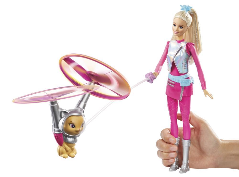 Mattel Barbie und fliegende Katze