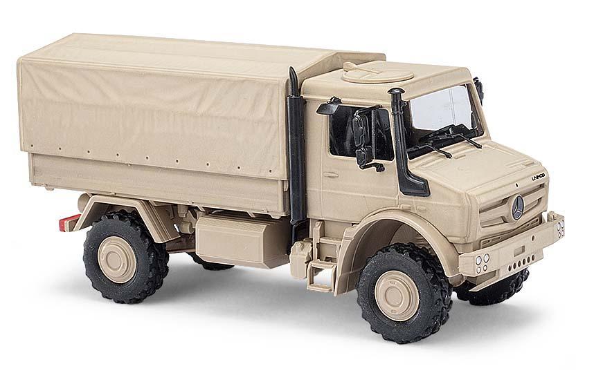 Busch H0 Unimog U 5023 Militär sandfarbend